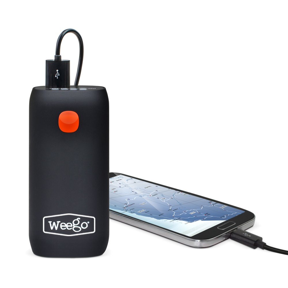 WEEGO 66.1 Jump Starting Power Pack (NEW 2019 Model) 2500 Peak 600 Cranking Amps High Performance Lithium Ion Jump Starter Quick Charges Phones 600 Lumen LED Flashlight Water Resistant by Weego (Image #6)