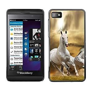 Caucho caso de Shell duro de la cubierta de accesorios de protección BY RAYDREAMMM - Blackberry Z10 - Horse White Wild Free Running Field Desert