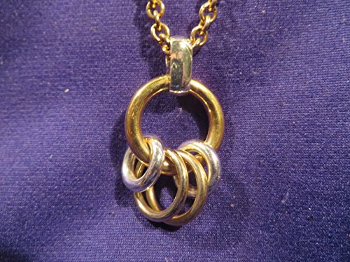 Liz Claiborne Jewelry (Vintage LIZ CLAIBORNE Goldtone Necklace w Two Tone Pendant w Rings tb)
