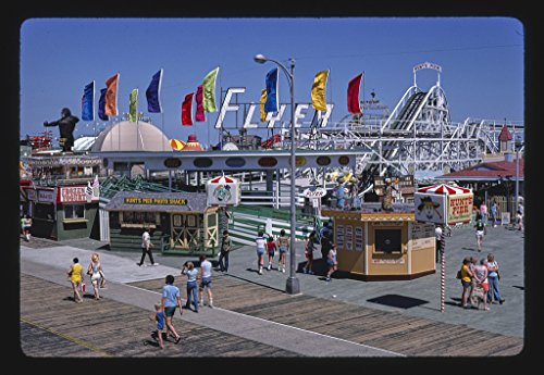 Vintography 24 x 16 Photo of Morey's and Hunt's Piers, Wildwood, New Jersey 1978 Margolies, John 11a -