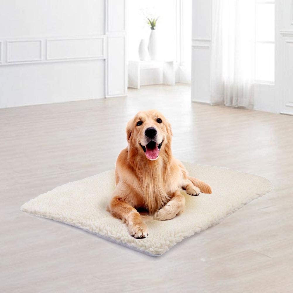 Thermal Bed Mat Great for Use in Cold Weather No Power or Batteries Needed Self Warming Soft Pet Cushion Pad for Dogs /& Cats