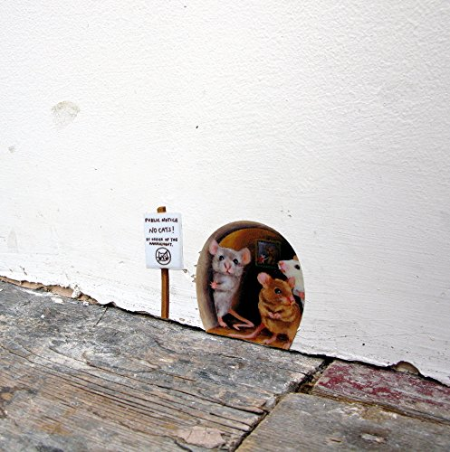 Miniature No Cats! Scaredy Mice Mouse Hole Wall Decal/Sticker ()
