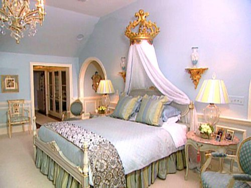 Top 10 Romantic Bedrooms