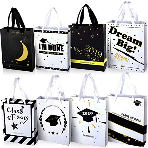 16 Pieces Graduation Paper Bags Kraft Gifts Bags Candy Bags Congrats Grad Treat Bags for Graduation Party Supplies, 8 Styles