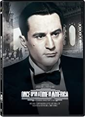 Jewish childhood friends become gangsters in 1900s New York.