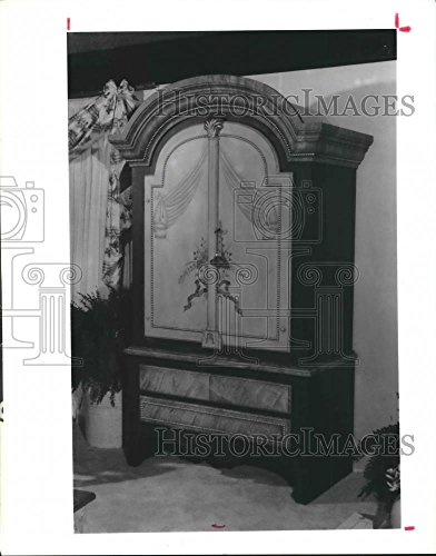 Vintage Photos 1989 Press Photo Jeffco's hand-painted country armoire - -