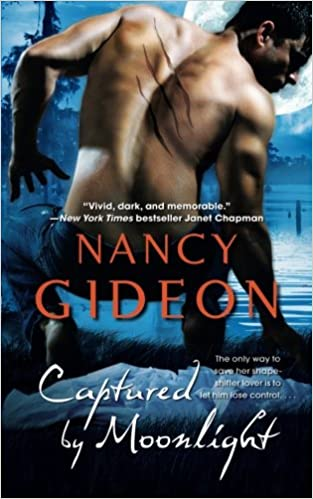 Amazon Captured By Moonlight 9781476787206 Nancy Gideon Books
