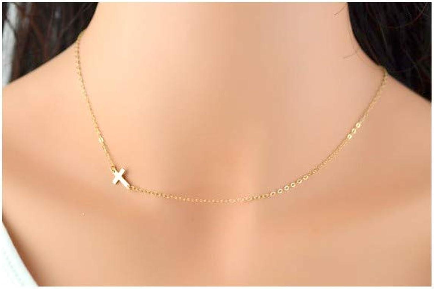 """Belle petite 14k or Jaune Diamant Cut Croix lateur à travers /& 24/"""" Collier"""