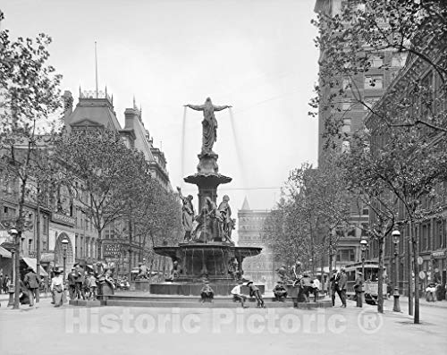 Cincinnati Historic Black & White Photo, Tyler-Davidson Fountain in Fountain Square, c1906 | 30in x ()