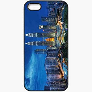 Unique Design Fashion Protective Back Cover For iPhone 5 5S Case Singapore Night Petronas Twin Towers Black