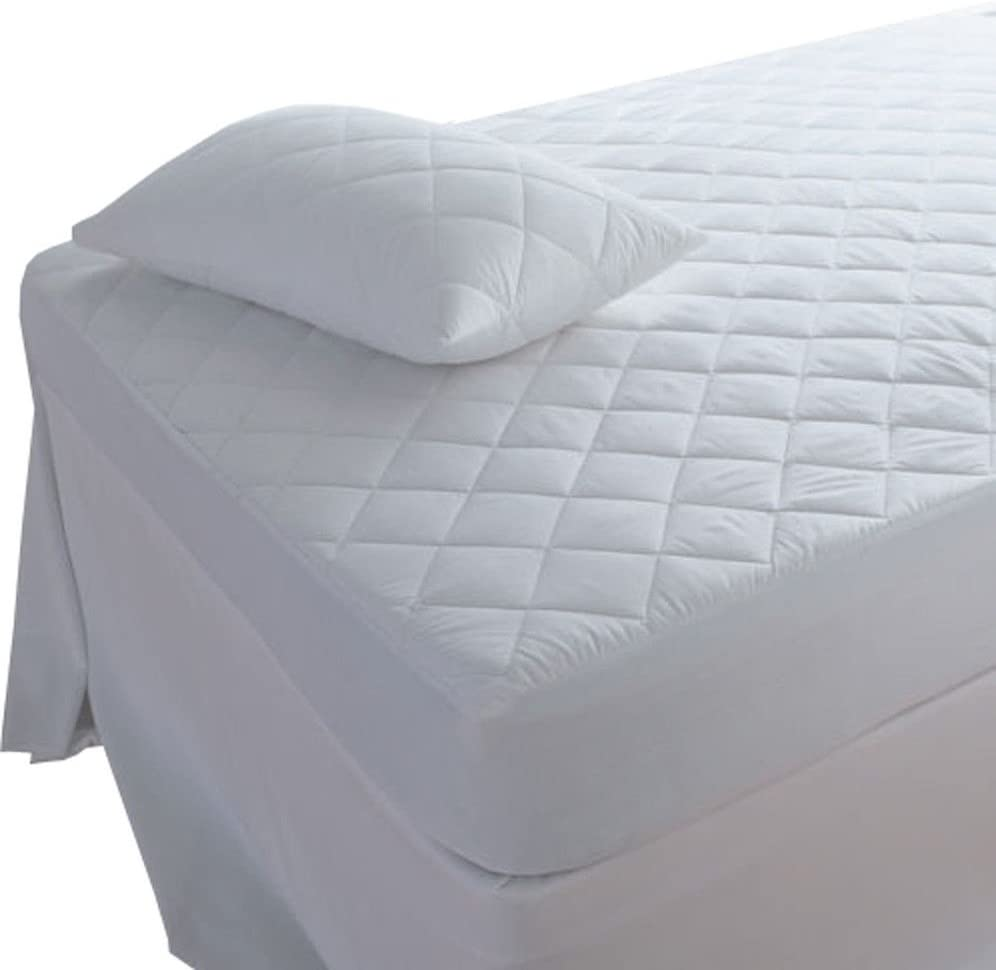 Highliving ® Quilted Mattress Protector Cover, Double 137cmx190cm(30CM DEEP) £5.95 & FREE Delivery @ Amazon