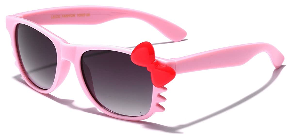 327c947c7 Amazon.com: Cute Hello Kitty Baby Toddler Sunglasses Age up to 4 years -  Black & Blue: Clothing