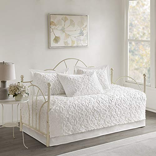 Madison Park Sabrina 5 Piece Tufted Cotton Chenille Quilt Set Coverlet Bedding, Day Size, White (Black Tufted Bedding)