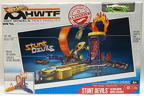 Hot Wheels Test Facility Stunt Devils Action Arena with One Stunt Devil Vehicle