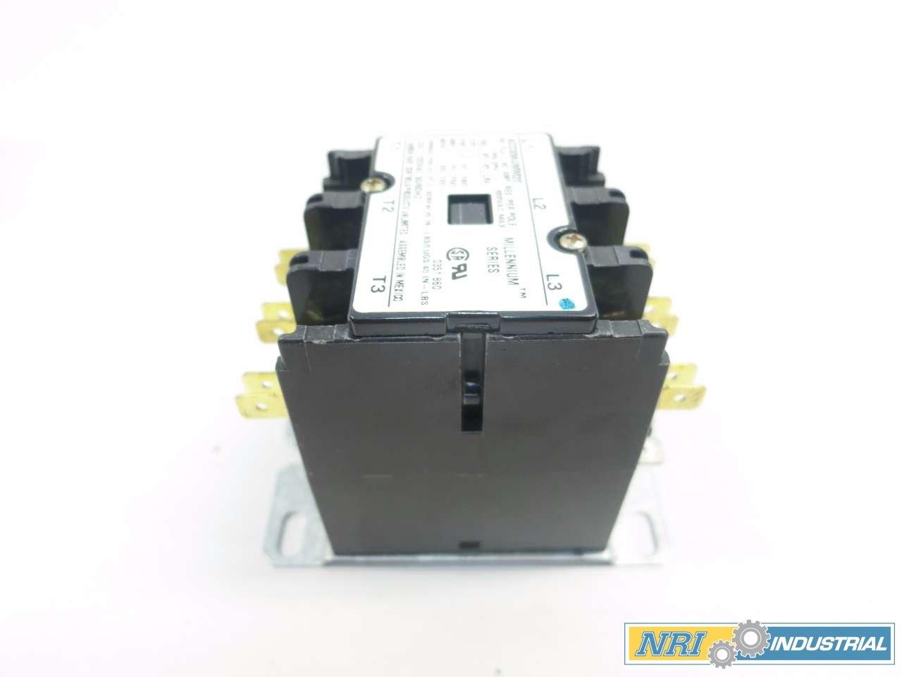 NEW ARROW-HART ACC338UMM20 DEFINITE PURPOSE MAGNETIC CONTACTOR 20HP 30A D517425