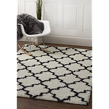 Soft & Plush Geometric Trellis Shag Rug for Bedroom | Living Room | Dining Room 5 x 7, White & Black