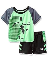 Conjunto de camiseta y pantalón corto para bebé New Balance para niño