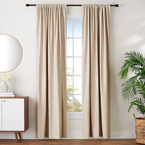 AmazonBasics Conjunto de cortinas de oscurecimiento y alzapaños, 132 cm x 244 cm, beige
