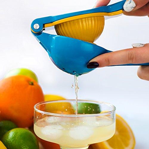 ◀️ Closeout Sale ▶️ Lemon / Lime Squeezer | Handheld Citrus Press | Manual Juicer, Blue / Yellow