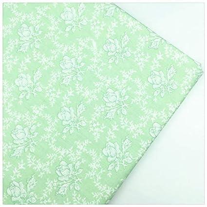 Amazon.com: Tela de algodón con estampado de rosa verde ...