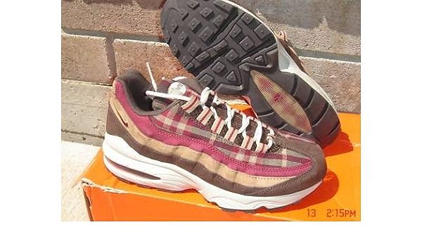 Amazon.com: Nike Air Max 95 Big Kids Tennis Shoes 6Y : Clothing ...