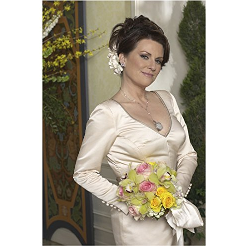 Will & Grace (TV Series 1998 - 2006) 8 Inch x 10 Inch Photo Megan Mullally in White Dress w/Bouquet Standing kn