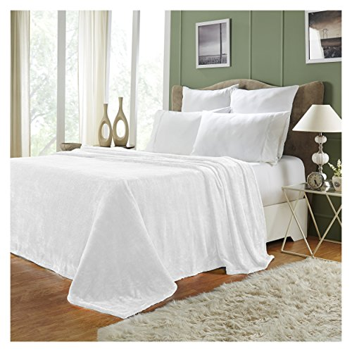 - Superior Quality All-Season, Plush, Silky Soft, Fleece Blankets and Throws, White, Full/Queen
