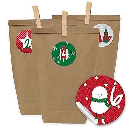 Papierdrachen 24 Bolsas de Papel con Pegatinas + 24 Pinzas de Madera para el Calendario de Adviento - Motivo Clásico, en Rojo y Verde - 15