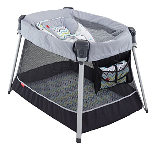 Fisher-Price Ultra-Lite Day and Night Play Yard by Fisher-Price