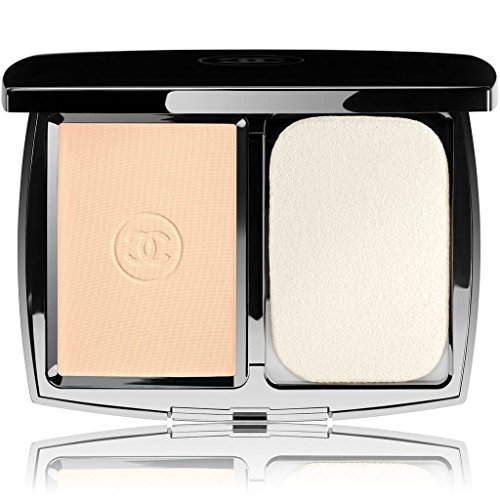 CHANEL PERFECTION LUMIÈRE EXTRÊME EXTREME LONG-WEAR AND PORE MINIMIZING POWDER FOUNDATION SPF 25/PA+++#20 BEIGE by CHANEL