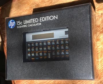 Photo HP 15C Limited Edition Scientific Calculator