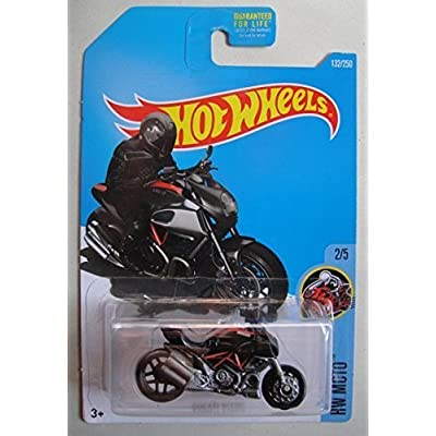 Hot Wheels 2016 HW Moto Ducati Diavel 132/250, Black: Toys & Games
