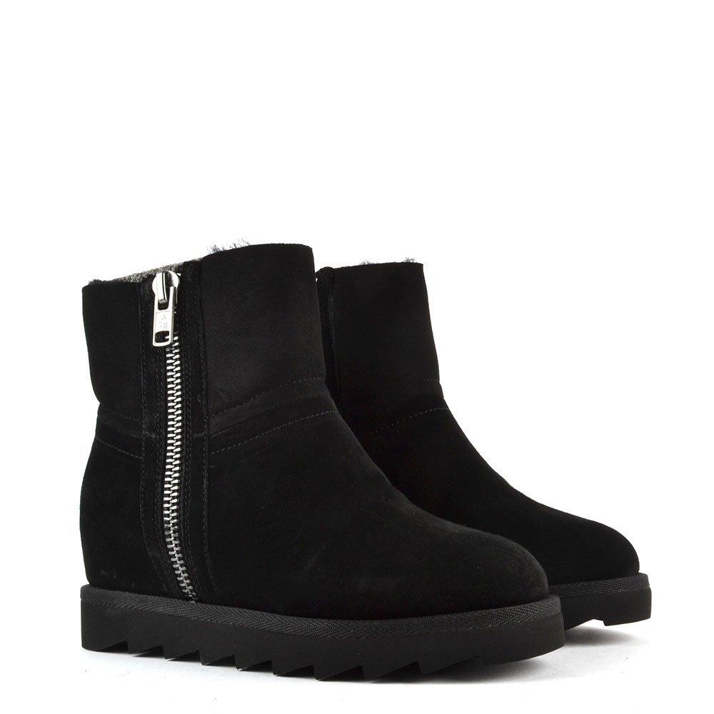 d69ddf1cd717 Ash Footwear Yang Black Shearling Wedge Ankle Boot 35EU 2UK Black  Amazon.co .uk  Shoes   Bags