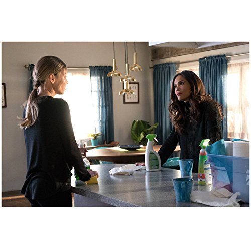 Lucifer (TV Series 2015 - ) 8 inch by 10 inch PHOTOGRAPH Lesley-Ann Brandt from Waist Up Across Counter from Lauren German kn ()