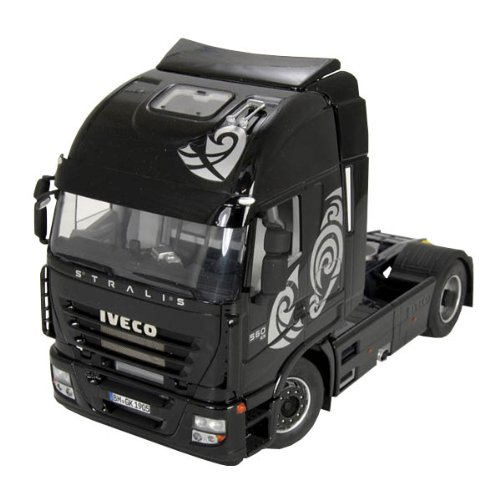 italeri-iveco-stralis-active-space-cube-model-kit