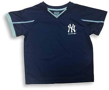 wholesale dealer 27350 047bc Amazon.com : OTS New York Yankees V-Neck Youth Boy's ...