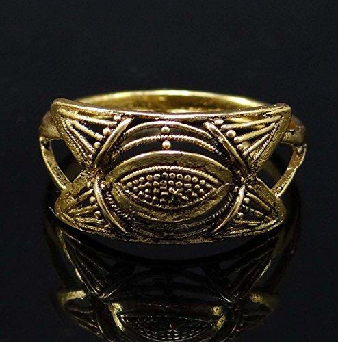 Banithani plaqué or traditionnel concepteur anneau cadeau de bijoux de mariage pour elle