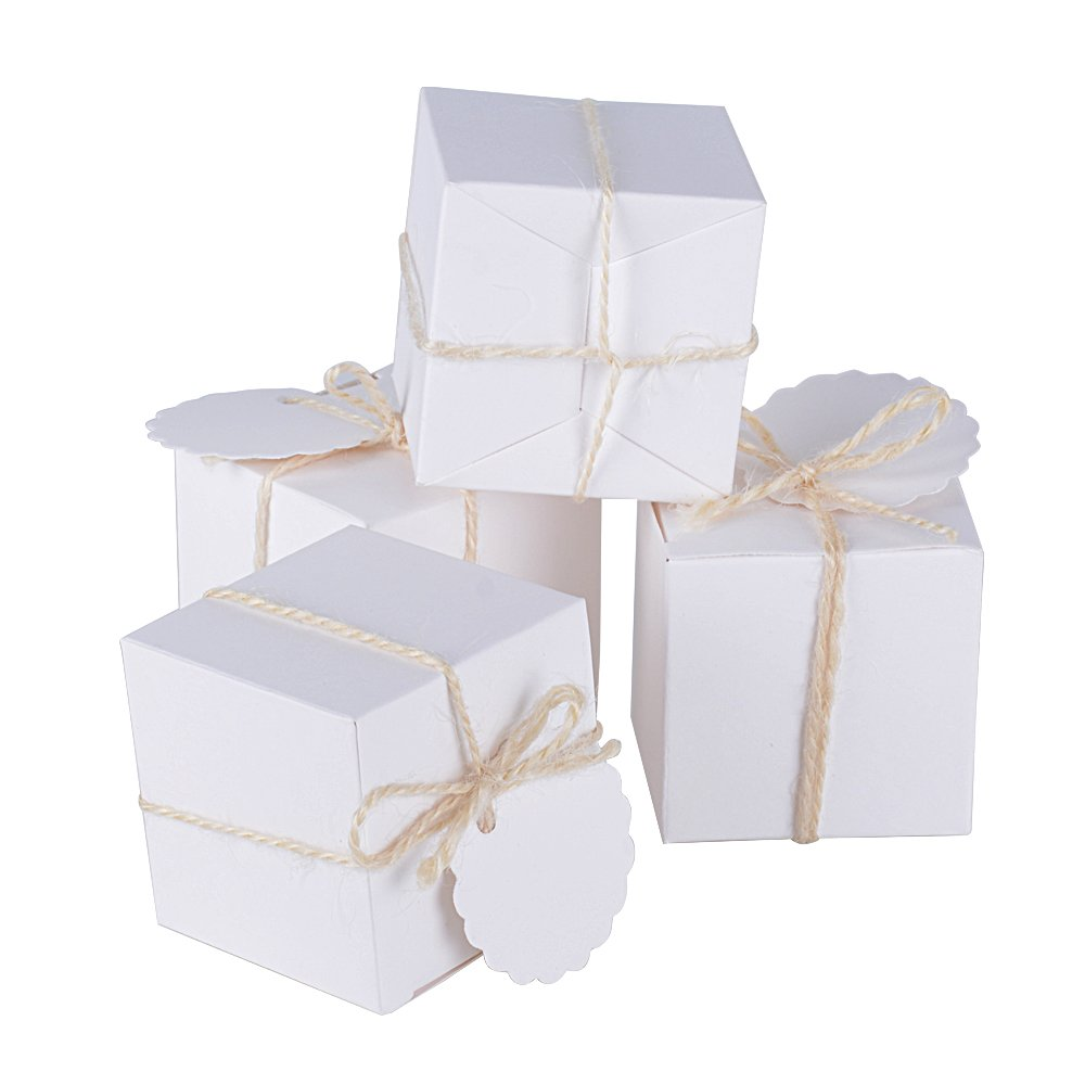 100 Pcs Bo/îte /à Drag/ées Blanche Bonboni/ères Cube avec Coeur pour D/écoration de Mariage F/êtes Bapt/ême Naissance AONER 4.9*4.9*4.9cm