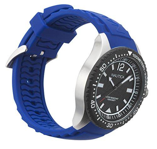 Nautica herr datum klassisk kvartsklocka med silikonarmband NAPMAU002