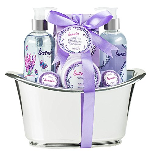 Lavender Aromatherapy Bath and Body Spa Gift Set for Women: 2 Lavender Bath Bombs, Shower Gel, Bubble Bath, Body Lotion, Lavender Bath Salts – Skincare Bath Tub Set – Luxury Gift For Her,