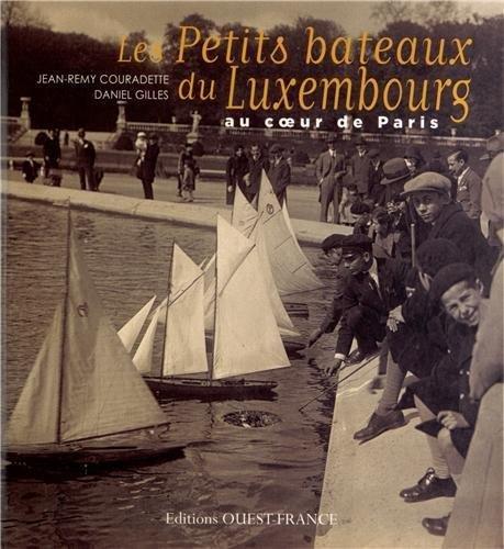 Amazon Com Les Petits Bateaux Du Luxembourg Beaux Livres