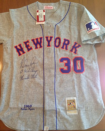 NOLAN RYAN signed