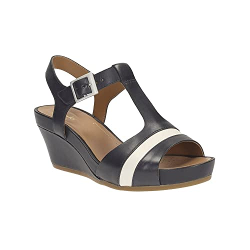 9da4b845c2d181 Clarks Ladies Sandals Rusty Rebel Navy 9.0 D  Amazon.co.uk  Shoes   Bags