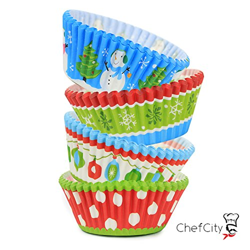 ChefCity Baking Cups Muffin Liners, Disposable Cupcake Holders, Standard Size Christmas Holiday Design Paper Wrappers. (Pack of 50)