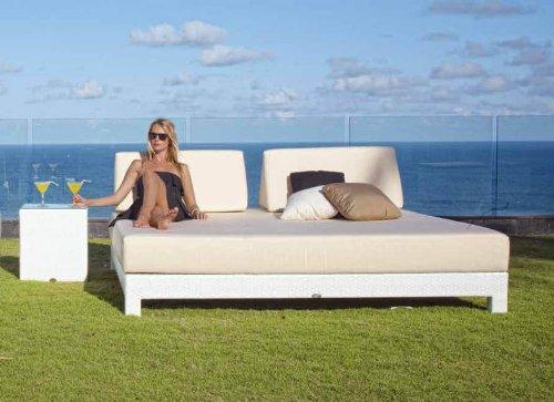 Camas-Sofas de Diseño Exterior : Modelo MELQUI blanco ...