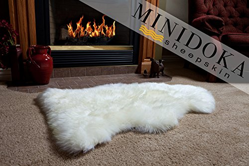Desert Breeze Distributing Single Pelt, New Zealand Premium Sheepskin, Ivory Rug, XL 103cm/40, Thick Soft Luxurious Natural Wool, by Minidoka Sheepskin - New Zealand Sheepskin Rugs