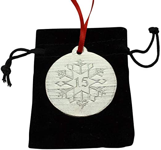 2019 Mr Christmas Ornament 15th Fifteenth Wedding Anniversary Present Ceramic Collectible 15 Fifteen Year Marriage Rustic Floral 3 Flat Porcelain Keepsake with Gold Ribbon /& Free Gift Box /& Mrs