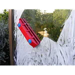 The Glider D-2, Magnetic Window Cleaner for Double Glazed Windows