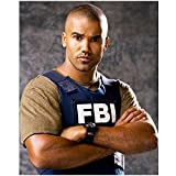 Criminal Minds 8 x 10 Photo Derek Morgan/Shemar Moore Tan Tee Blue FBI Vest Arms Crossed Pose 2 kn
