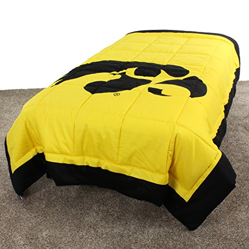 Hawkeyes 2 Sided Reversible Comforter Queen ()